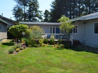 Enjoy a peaceful family vacation in Cannon Beach