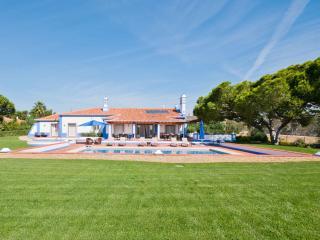 5 bedroom Villa in Olhos de Agua, Faro, Portugal : ref 5585393