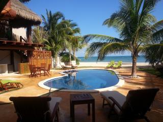 Private House-Casa Bella uno de una clase-Ocean Front, Puerto Morelos