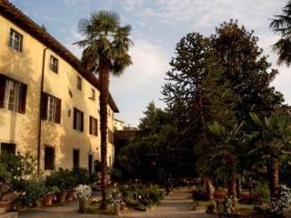 Villa in Fosciandora, Tuscany, Italy