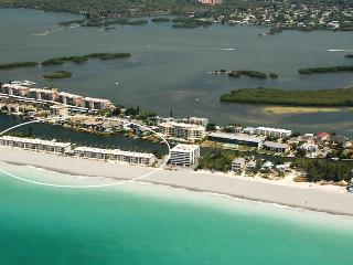 Beachfront - 2 Bedroom - Ground Floor - Siesta Key