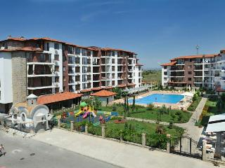 1 BDR Apartment at Apollon Complex near the beach, Nessebar