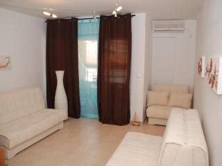 LUXURY STUDIO APARTMENT IN CENTRE OF BUDVA, Budva