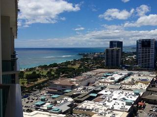 Ala Moana Hotel 35th Floor Studio, Honolulu