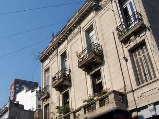 Buenos Aires - 3 Bedroom with Roof Top Terrace