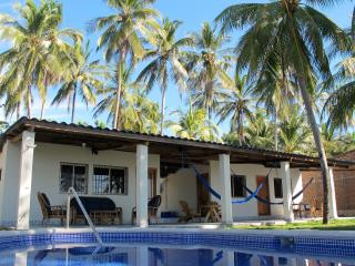 2 BR - Quiet Oceanfront Villa (Playa El Majague)