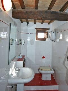 2 bedroom Villa in Cortona, Tuscany, Italy : ref 2266042, Mercatale
