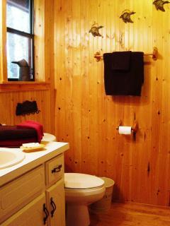 Sunset Cabin bath