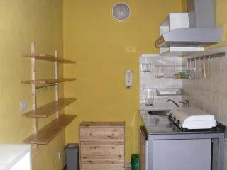 The yellow lovely cottage near Milan and Monza, Cologno Monzese