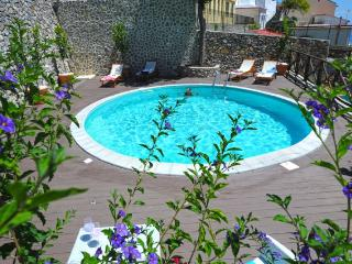Villa KNIGHT - Apt. 4+3 with Swimming pool and sea, Amalfi