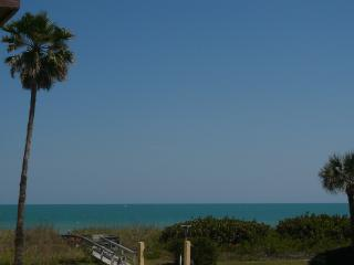 LuxuryCocoaBeachOceanView3 Bdm 2.5Bth Next to Pier, Cocoa Beach