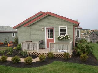 Seawinds Executive Cottage #4, Rustico