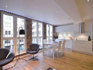 Covent Garden 2 Bedroom 1 Bathroom  (4226)