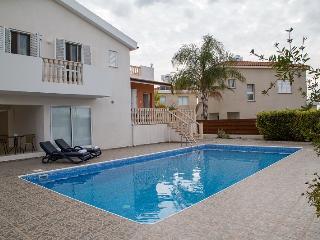 Χλώρακα Bay Beach Villa, Paphos