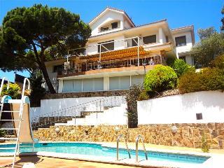 Villa Maravilloso 11-12 guests between Barcelona and Girona, Mollet del Valles