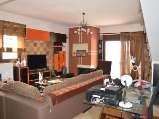 new double apartment, Thessalonique