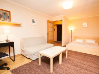 One-room apartment(14)at Taganskaya, Moscou