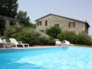 Private Villa with Pool,8 sleeps,Umbria, Perugia