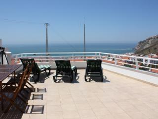 Spectacular Ocean View, Walking Distance to Beach, Nazare