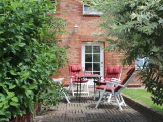 Vacation Apartment in Gorlosen - 377 sqft, quiet, natural, bright (# 4935), Boek