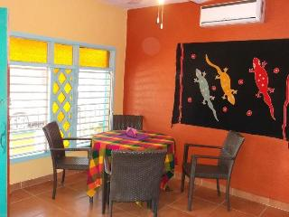 Casa Zuzy La Tierra (Ground floor Apartment), Isla Mujeres
