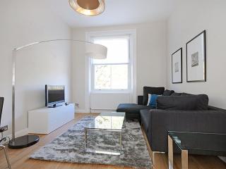 LUXURY!! 2 Bed Kensington Hyde Park - SUBWAY 1 min, London