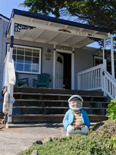 Papy's Cottage by the Sea - Ocean & Pasture Views