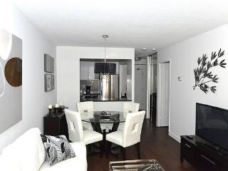 Luxury, Lakeview Furnished Suite, Unit 1108, Toronto