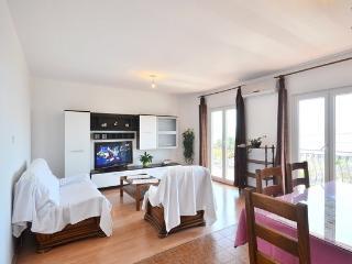 Apartment with sea view Stobrec