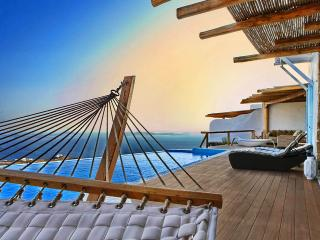Blue Villas | Urania | Breathtaking view and style, Ciudad de Míkonos