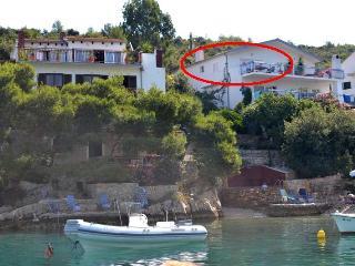 Apartment in Villa Hraste ( 3+2), Hvar