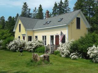 Lovely Farmhouse on Oak Point in Harrington Maine, DownEast and Acadia Maine