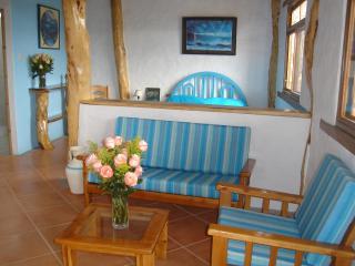 Ecuador long term rentals in Manabi Province, Canoa