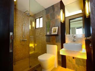 myRoom Bathroom