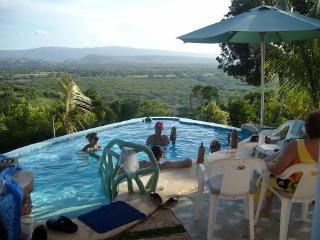 Casa Blanca, Pool, Beach, Views of Mountains & Bay, Luperon