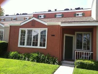 2BR Townhouse in Downtown San Jose, San José