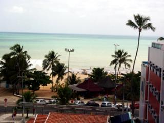 Beachfront apartment with stunning ocean views, Paragominas