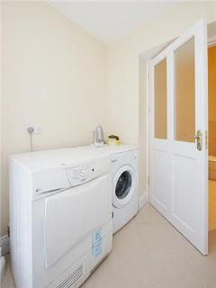 Utility room and hotpress for your laundry needs
