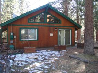 Quaint House on Cul-de-Sac Free WiFi, South Lake Tahoe