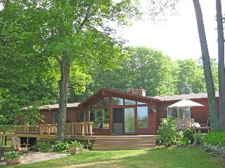 Sauble Beach cottage (#823)
