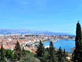 lovely green ambient near beach, Split