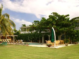 A Summer Place at Discovery Bay, Jamaica - Beachfront, Pool, Tennis Court
