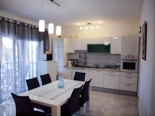 Apartment Jelena in Srima, Vodice, Croatia