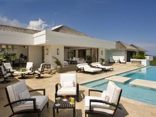 Ideal for Couples & Families, Heated Pool, Chef & Butler, Spacious, Resort Amenities, Montego Bay