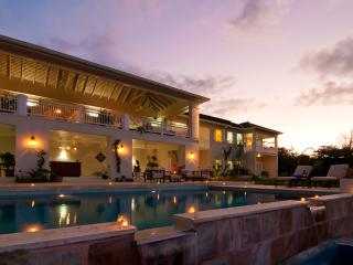 Windward at the Tryall Club - Ideal for Couples and Families, Beautiful Pool