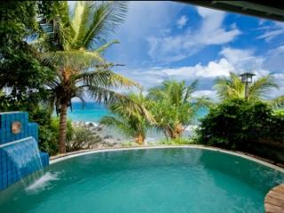 1 Bedroom Beachfront Villa on Nail Bay