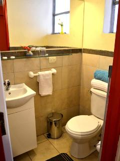 Private Bathroom with Hot Water 24 Hours