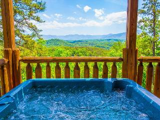 3BR Cabin w Stunning Mountain Views. JANUARY NIGHTS FROM $149!!!, Pigeon Forge