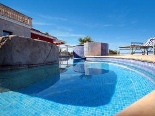 Fantastic villa with panoramic sea views, Arta