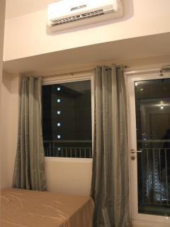 pvt door to balcony in master BR